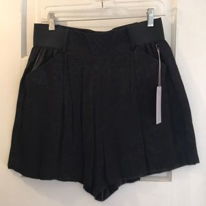 Jennifer Lopez vida loca shorts